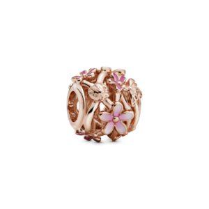 Offen gearbeitetes rosafarbenes Gänseblümchen Charm